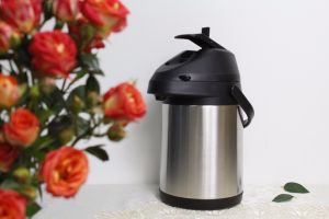 Double Wall Stainless Steel Insulated Airpot Vacuum Flask (ASUJ) pictures & photos