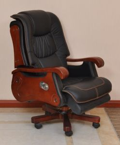 Long Time Sittingheight Adjustable Lean Backward Leather Executive Office Chair (FOH-B103) pictures & photos