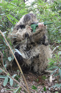 New Military Equipment Army Desert Camo Ghillie Suit pictures & photos