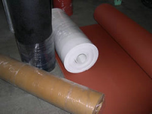 NBR Rubber Sheet, NBR Sheets, NBR Sheeting, NBR Rolls, NBR Diaphragm for Industrial Seal pictures & photos