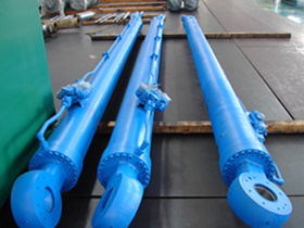Mill Type Hydraulic Cylinder (200/160-7500)
