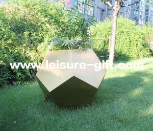 Fo-9015 Stainless Steel Football-Style Plant Pot Wholesale pictures & photos
