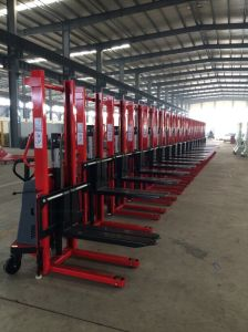 1.6-3m Power Lift Stacker with CE pictures & photos