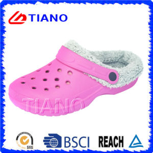 Winter Warm Shoes and Comfortable Garden EVA Winter Clogs (TNK40004) pictures & photos