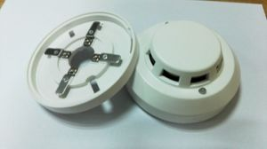 12V~24VDC 4 Wire Smoke Fire Detector pictures & photos