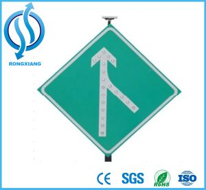 Aluminum LED Solar Powered Traffic Sign / Solar Sign Board / Traffic Arrow Sign pictures & photos