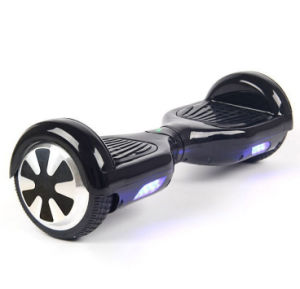 2016 Latest Design Smart Self-Balancing Electric Skateboard pictures & photos