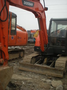 Used Doosan Dh60-7 Mini Excavator Original From Korea pictures & photos