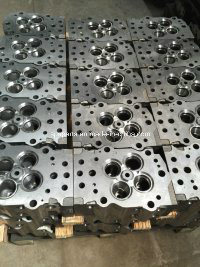 Cylinder Block and Head/Diesel Engine Parts/Caterpillar/Cummins/Komatsu pictures & photos