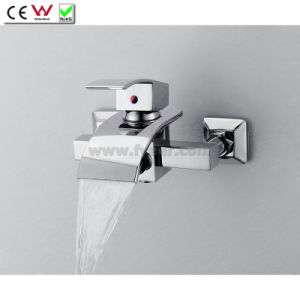 Wall Mounted Bath Tap Waterfall Brass Bathtub Faucet with Diverter (QH0517W) pictures & photos