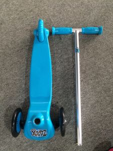 Mini Tri-Scooter with En 71 Certification (YV-026) pictures & photos