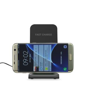 Hot Selling Slanting Type Qi Standard Fast Wireless Charger for iPhone 8 pictures & photos