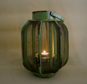 Light Green Copy Old Vintage Lantern Pure and Fresh and Natural Warmth pictures & photos