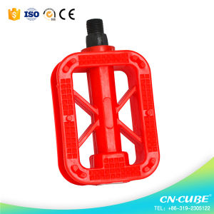 Good Qualty Double Color Plastic Bicycle Pedal pictures & photos
