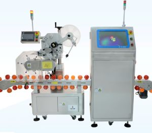 Automatic Apple Labeling machine pictures & photos