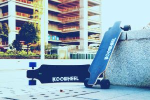 High Quality Four Wheel Smart Electric Skateboard pictures & photos