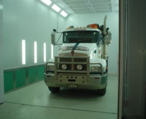 Clean Truck Bus Spray Booth High Efficient pictures & photos