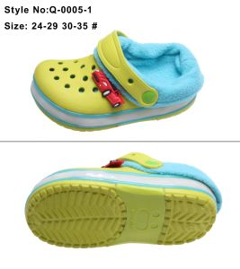 EVA Kids Children LED Light Clogs pictures & photos