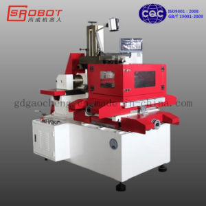 320mm X 400mm High Precision CNC Wire Cutting EDM Machine pictures & photos
