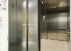 Gearless Traction Elevator with Professional Service pictures & photos