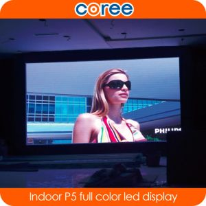 Indoor P5 High Brightness Full Color LED Screen pictures & photos