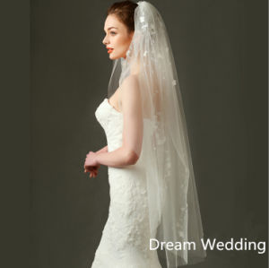 80-110 Cm Fingertip Length Cut Edge Flower Decorated Wedding Bridal Veils pictures & photos