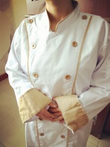 Traditional Long Sleeve Chef Coat pictures & photos