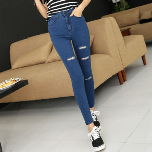 2017 Hot Style Ladies Slim Jeans with Hole pictures & photos