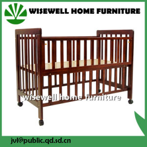 Solid Pine Wood Baby Playpen Bed pictures & photos