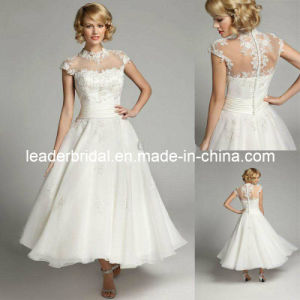 Sheer Cap Sleeves Bridal Gown High Neck Lace Wedding Gown H13192 pictures & photos