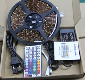 2.5M/5M Flexible LED Strip Light Kits in New Box Packing pictures & photos