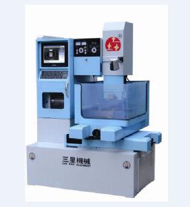 CNC Medium Speed Wire Cutting EDM (DK77CA)