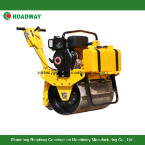 Mini Road Roller with Honda Engine pictures & photos