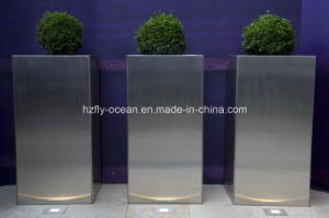 Fo-9006 Metal Planter for Exhibition Decoration pictures & photos