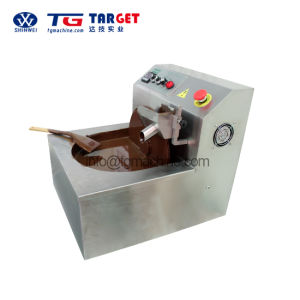 Manual Chocolate Moulding Machine with Small Capacity pictures & photos