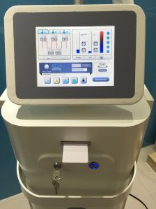 Competitive Price IPL RF Shr Removal Wrinkles Beauty Machine pictures & photos