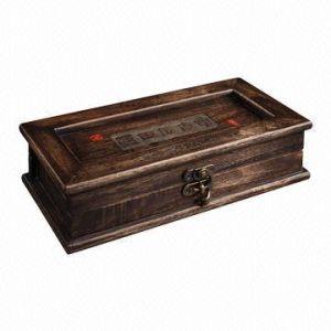 Antique Camphorwood Collectibles Storage Box pictures & photos
