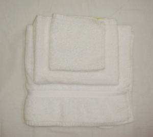 High Quality Cotton Hotel Towel Set pictures & photos