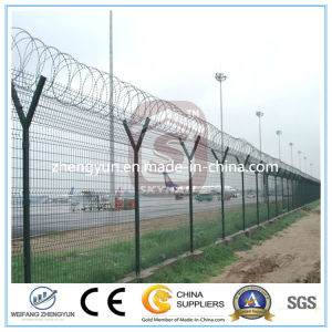 Customized Hot DIP Galvanized Airport Security Fence pictures & photos
