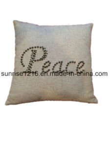 Decorative Cushion Sr-C170213-8 High Fashion Pearled Peace Cushion pictures & photos
