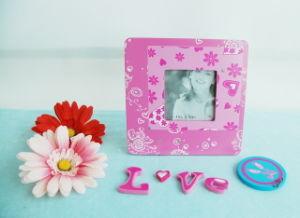 En71 Wooden DIY Kids Magnet Photo Frame pictures & photos