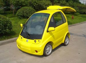 China Handicapped Electric Car for Disabled People pictures & photos