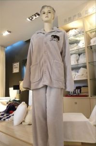 Coral Fleece Bathrobe (SDF D030) pictures & photos