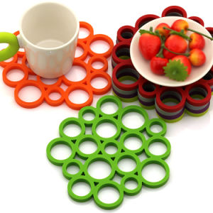 Food Grade Silicone Table Placemat and Antiskid Dining Coaster pictures & photos