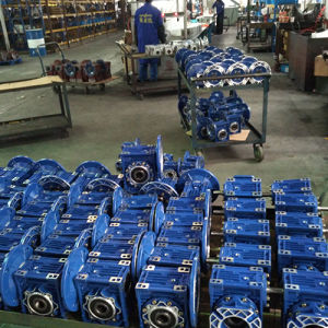 Right Angle Gearbox Aluminium RV Worm Gearbox China Manuefactory Germany Design RV25-RV150 All Size pictures & photos