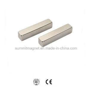 Bulk for Sale Wholesale Cheap High Performance Permanent N52 Sintered Neodymium Magnets Strip Price &Neodymium Segment Magnet pictures & photos