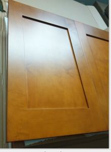 Guanjia Hard Maple Solid Wood Kitchen Cupboard Doors SD001 pictures & photos