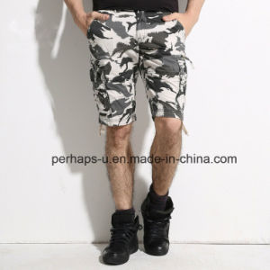 Cool Mens Cargo Shorts with Camo Print pictures & photos