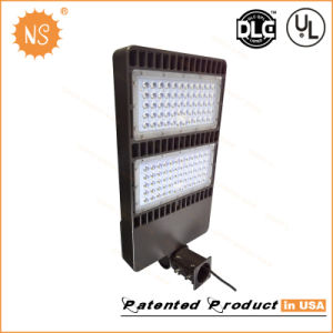 Dlc UL Parking Light 200W LED Lamp pictures & photos