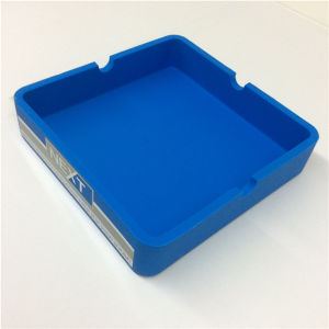 Popurarly Hot Selling Customize Silicone Ashtray Smoking Accessories pictures & photos